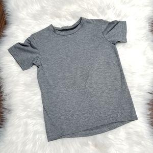 2/15$🔥 Athletic Works Grey Short Sleeve Boy Shirt